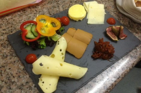The cheese koldtbord includes Havarti, Gjetost (Norwegian goats cheese) and jarlsberg with honey roasted figs and tomato and chilli chutney.