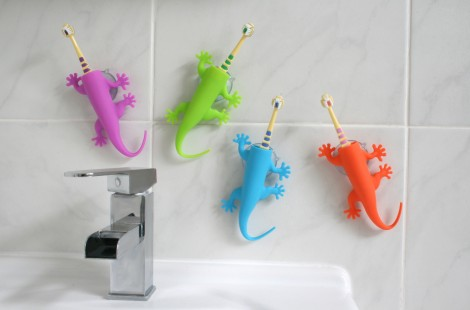 Toothbrush holders for children