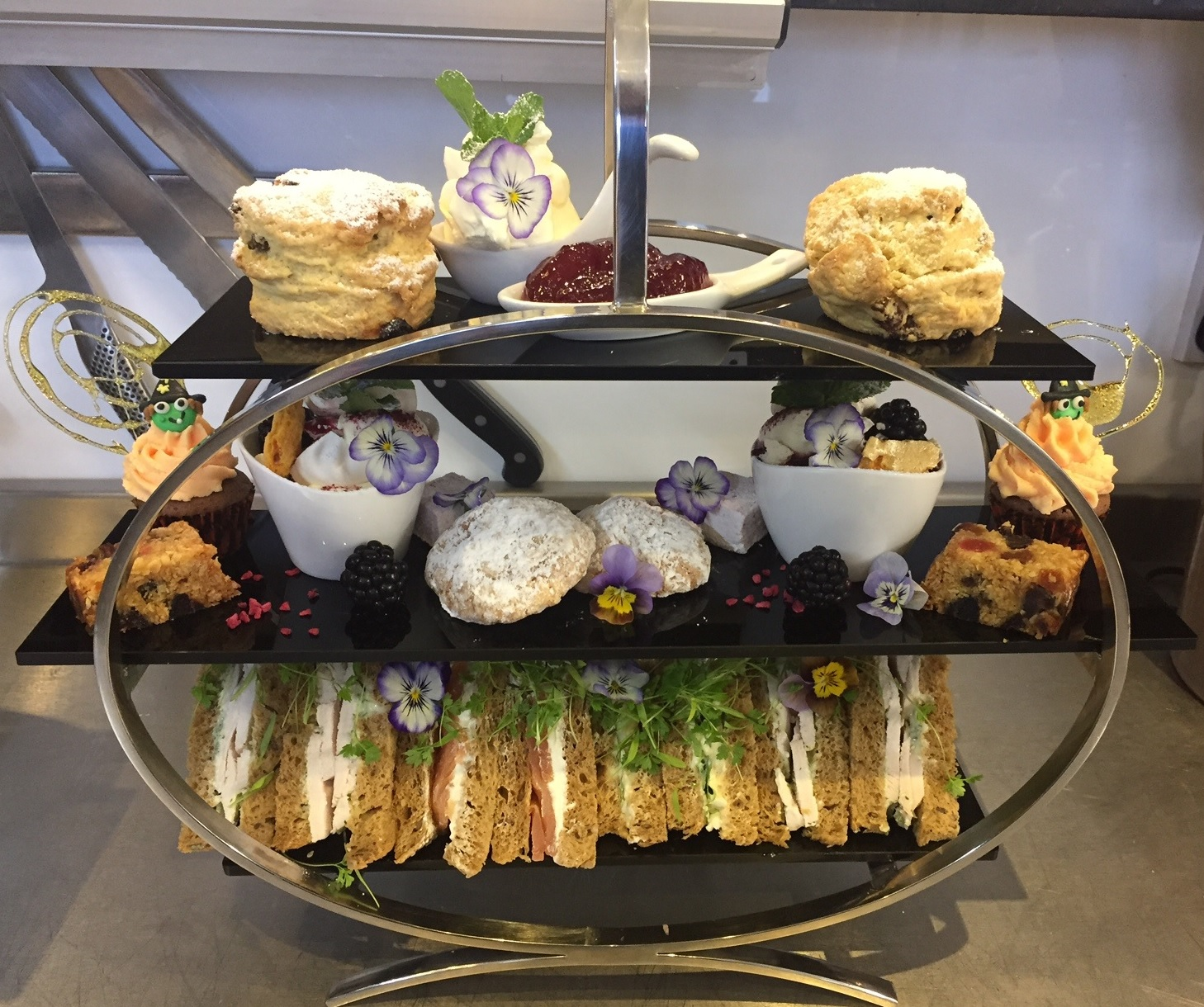 The Locals Guide To Afternoon Tea For Mother S Day In