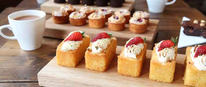 Small bite-size cakes to finish lunch off with something sweet.